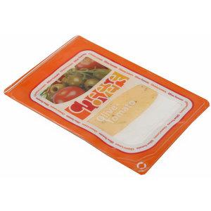 Сыр с оливками и томатами 50% в нарезке ТМ Cheese Lovers (Чиз Лаверз)