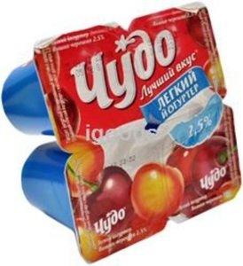 Йогуртер вишня-черешня 2,5% ТМ Чудо