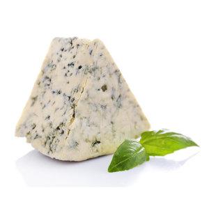 Сыр с голубой плесенью Австрия Блю безлактозный 55%